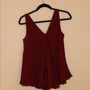 Max Studio Redish blouse/top ! Amazing condition